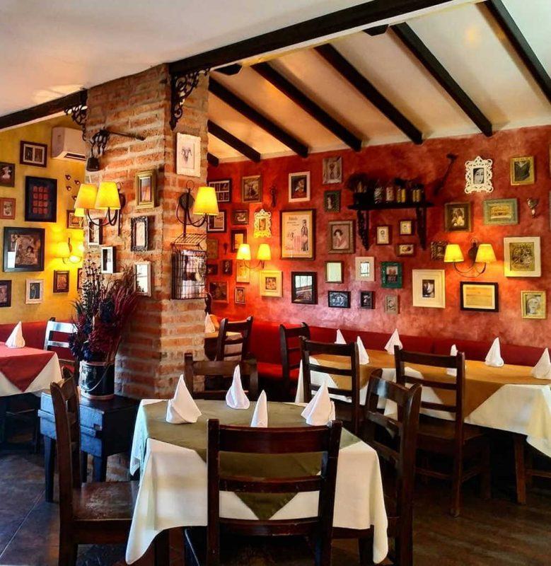 martinica where to eat in manta ecuador